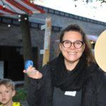 Claudia Weber am Schokokussstand